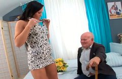 Sextractive young brunette is about to have some fun with fart