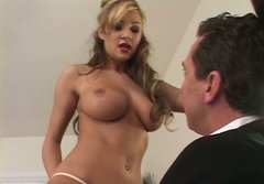 Big titted blondy Amy Ried is getting nailed deep in her snatch missionary style