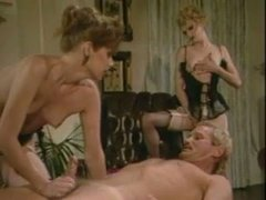 Magnetic blondie Jane Bond takes part in FFM threesome