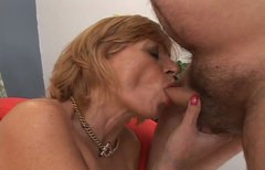 Mature mom with bearded clam is screwed bad in missionary and later doggy sex positions