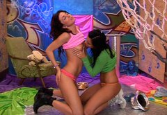 Luscious girls Janet and Kim in dirty lesbi sex video