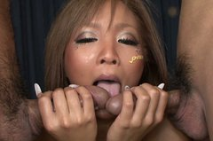 Horn made Japanese slut Riku Hinano gives double mouth fuck in MMF sex clip