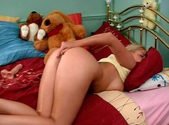 Flushing blond wanker Teona gets busy with fingering her wet pussy for joy
