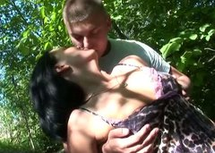 Dirty brunette hoe gives a head to rapacious dude in public