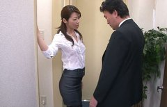 Cute Asian office whore Maki Hojo gives head to her coworker