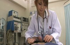 Scorching Asian nurse Ebihara Arisa gives a blowjob to her patient