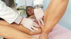 Curvy granny Vladimira gets her slit stimulated with speculum