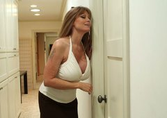 Sexy mature whore Darla Crane gives a nice blowjob