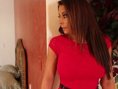 Fascinating beauty Madison Ivy wakes up her man sucking his dick deepthroat