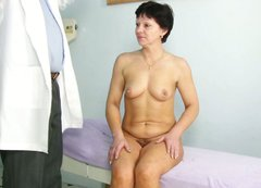 Chubby and horny mom Eva visits doctor for freaky check up
