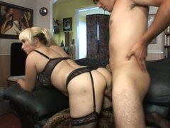 Blond mom Sophia Mounds is getting nailed bad from behind