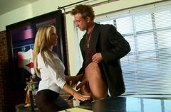 Classy blonde brick house Bill Bailey gives head at the office