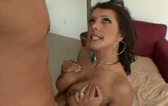 Tremendous brunette MILF Francesca Le gets her bearded clam boned