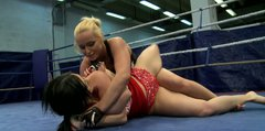 Nude fighters Kathia Nobili and Angell Summers get wild
