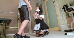 Dirty housemaid Mae Olsen treats her husband with blowjob