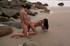 Brunette amateur babe Nicolle Bittencourt fucks doggy style on the beach