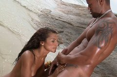 Claudia Bella gets full service of her snatch and asshole on the beach