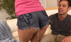 Nasty brunette Brooklyn Lee is wearing jeans panties