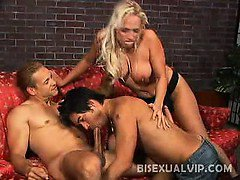 Horny blonde wife Nicki Hunter caught her husband getting a