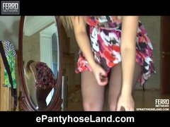 Veronica wearing pantyhose on video