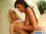 Sperm Swap Three way with two hot babes and sperm swap