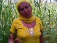 Indian Punjabi girl Fucked In Open Fields In Amritsar