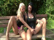 SEXY CORA und Dirty Tracy treiben es outdoor