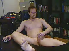 hot aussie guy wanking in office