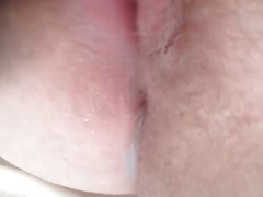 Soaking Wet Chubby Pussy Cums 3