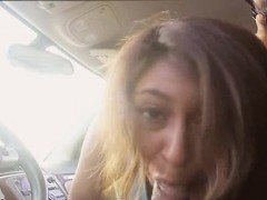 Eighteen year old Sarai sucked and fucked dude in his car