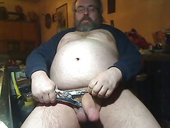 Fat men Gerhard Elastrator play