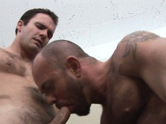 Muscle bear gets hairy ass rimmed