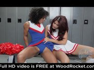 Black cheerleaders pussyfuck in the locker room