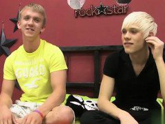 Gay movie These two blond fellows team up to penetrate the b