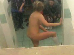 Gorgeous nude amateurs spied in locker room