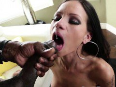 Sexy brunette Raven Bay gets destroyed by Lexington Steele