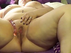 Fat pussy glass toy squirt