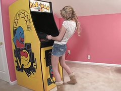 PAC MAN's sexy girl