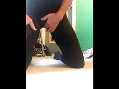 kelly1314 teen cam bate black leggins moan homemade