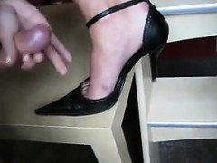 This Chick Jerks Him Off On Her Sexy Shoe