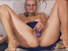 52 year old granny plays with pussy on cam