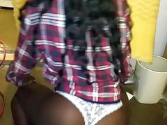black THot tWerking