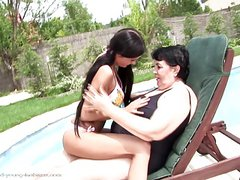 Old lesbian granny fucks young girl on the grass