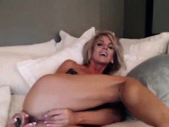 Sexy mature milf huge breasts anal penetration