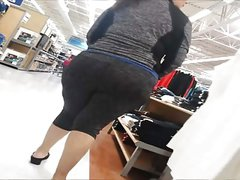 BBW Booty Walking Around
