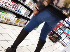 asian milf with nice ass shoping in jean s
