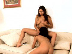 2 lesbian teens take up with the tongue and finger on webcam