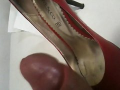 Cum on red shoes