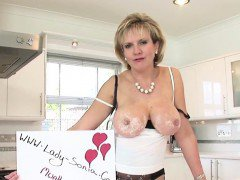 Unfaithful british mature lady sonia displays her massive ti