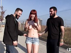 LAS FOLLADORAS - Lilyan Red picks up amateur for gang bang